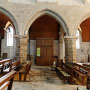 Eglise paroissiale de la Trinité Porhoët et son sol en pente