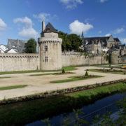 Les remparts et la tour du connétable