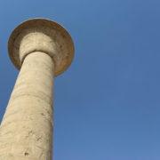 Karnac - Des colonnes de plus de 20 mètres il n'en reste qu'une