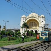 La basilique et le tramway
